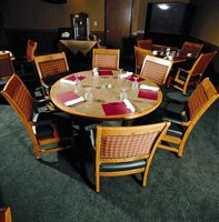 Table_and_Chairs.jpg (107007 bytes)